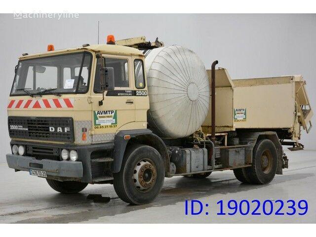 DAF PATA 2500 asphalt distributor