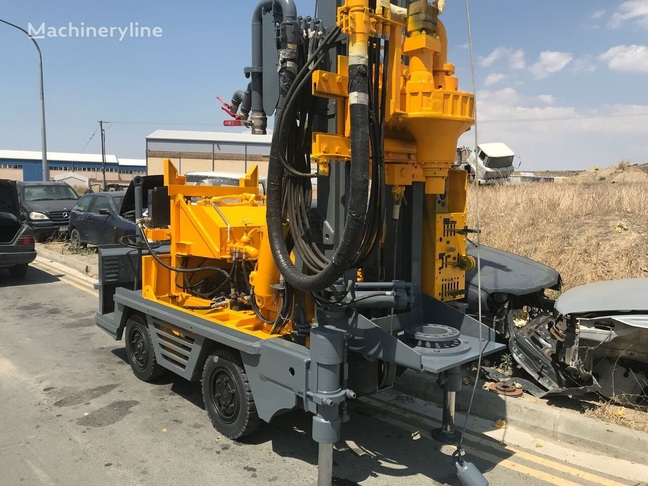 BAUER drilling rig