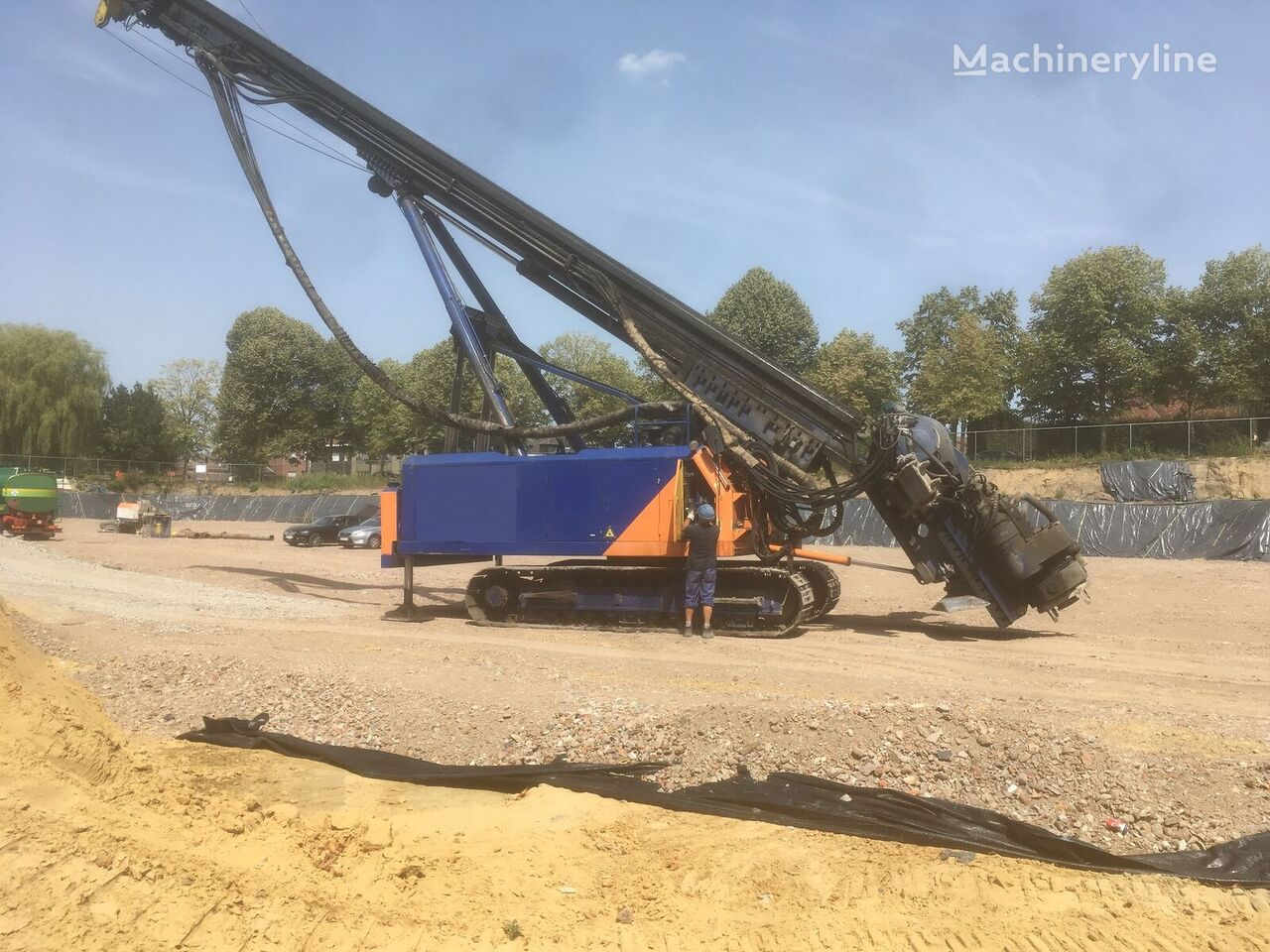JUNTTAN PM18 drilling rig