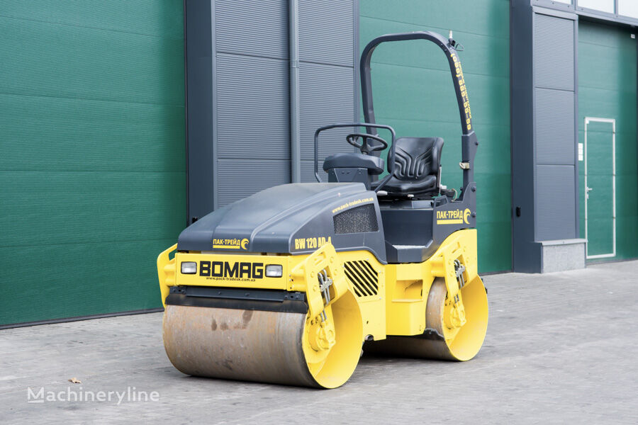 BOMAG BW120AD4 mini road roller