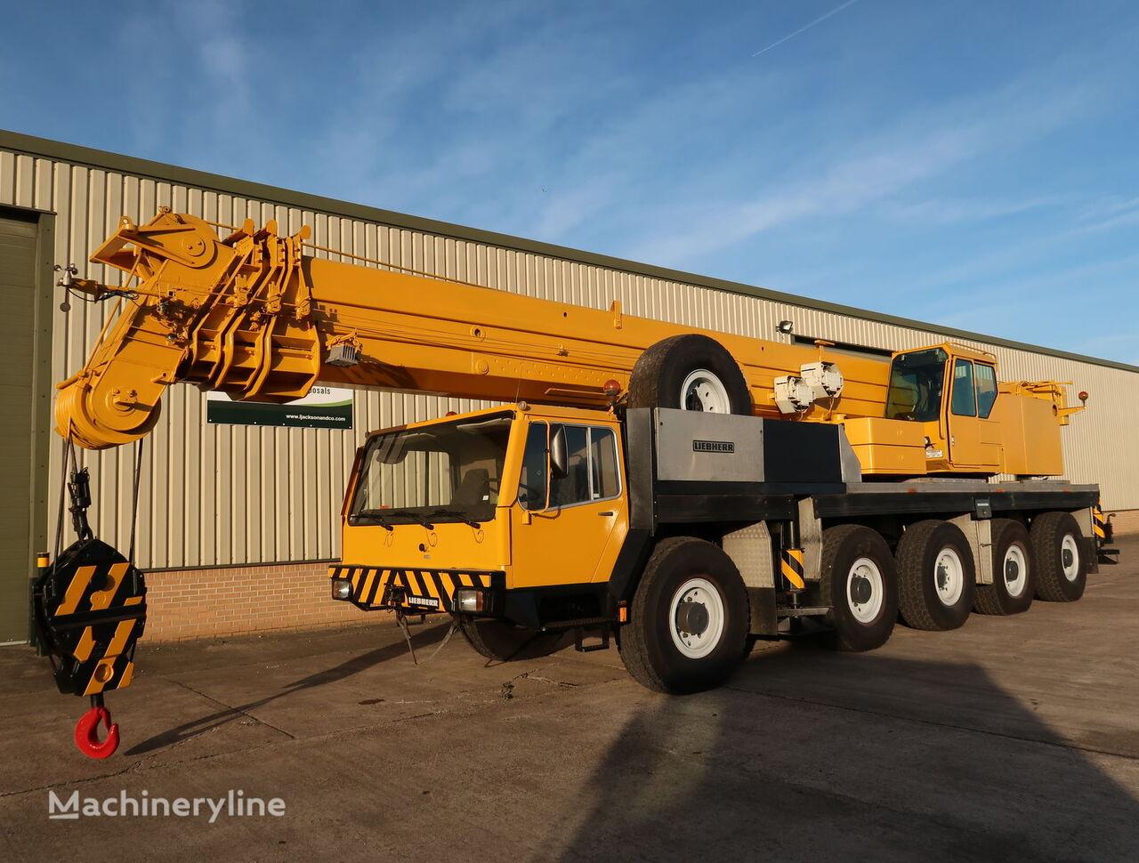 LIEBHERR LTM1120 mobile crane