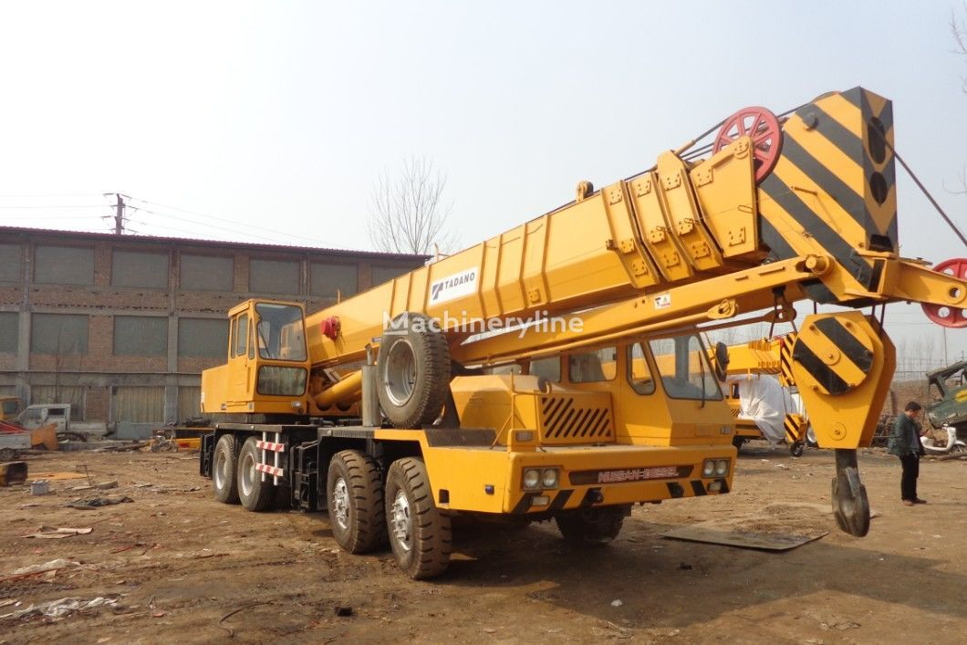 TADANO TG1000E  mobile crane