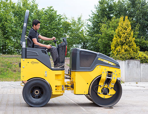 new BOMAG BW 138 AC-5  pneumatic roller
