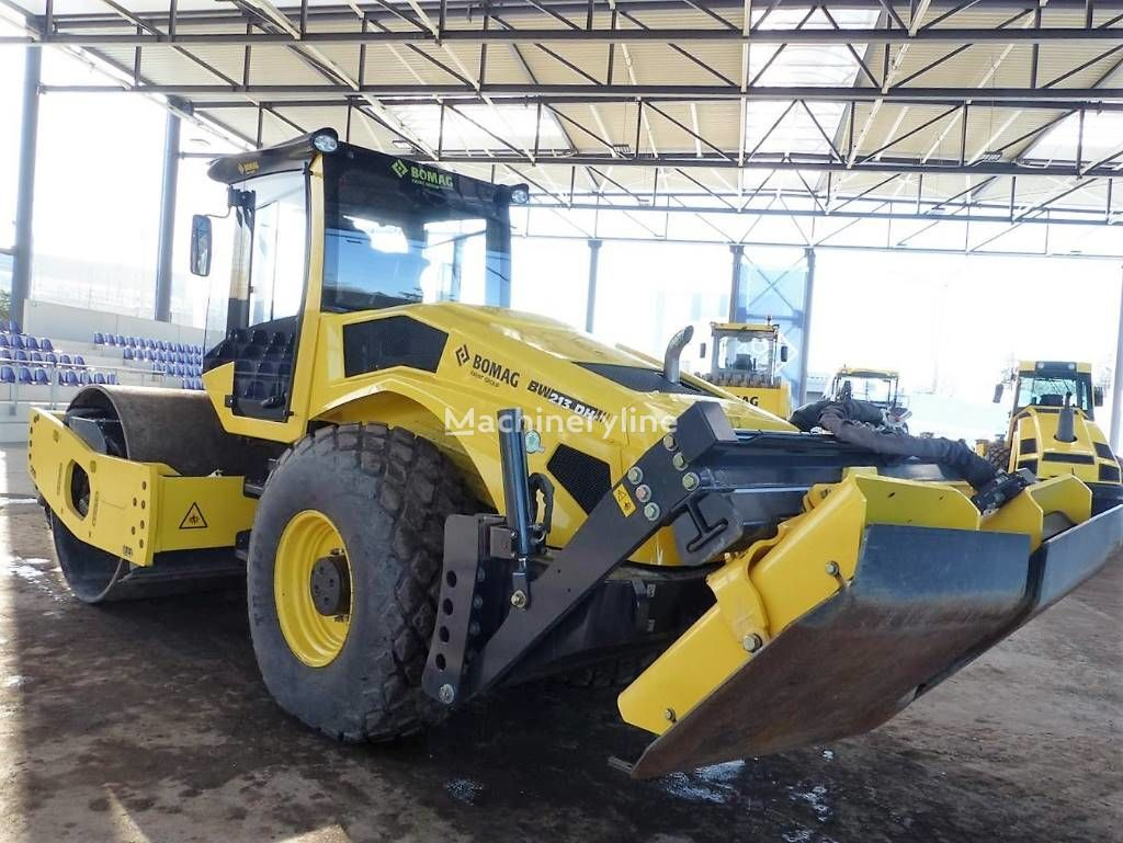 new BOMAG BW 213DH BVC-5 P single drum compactor