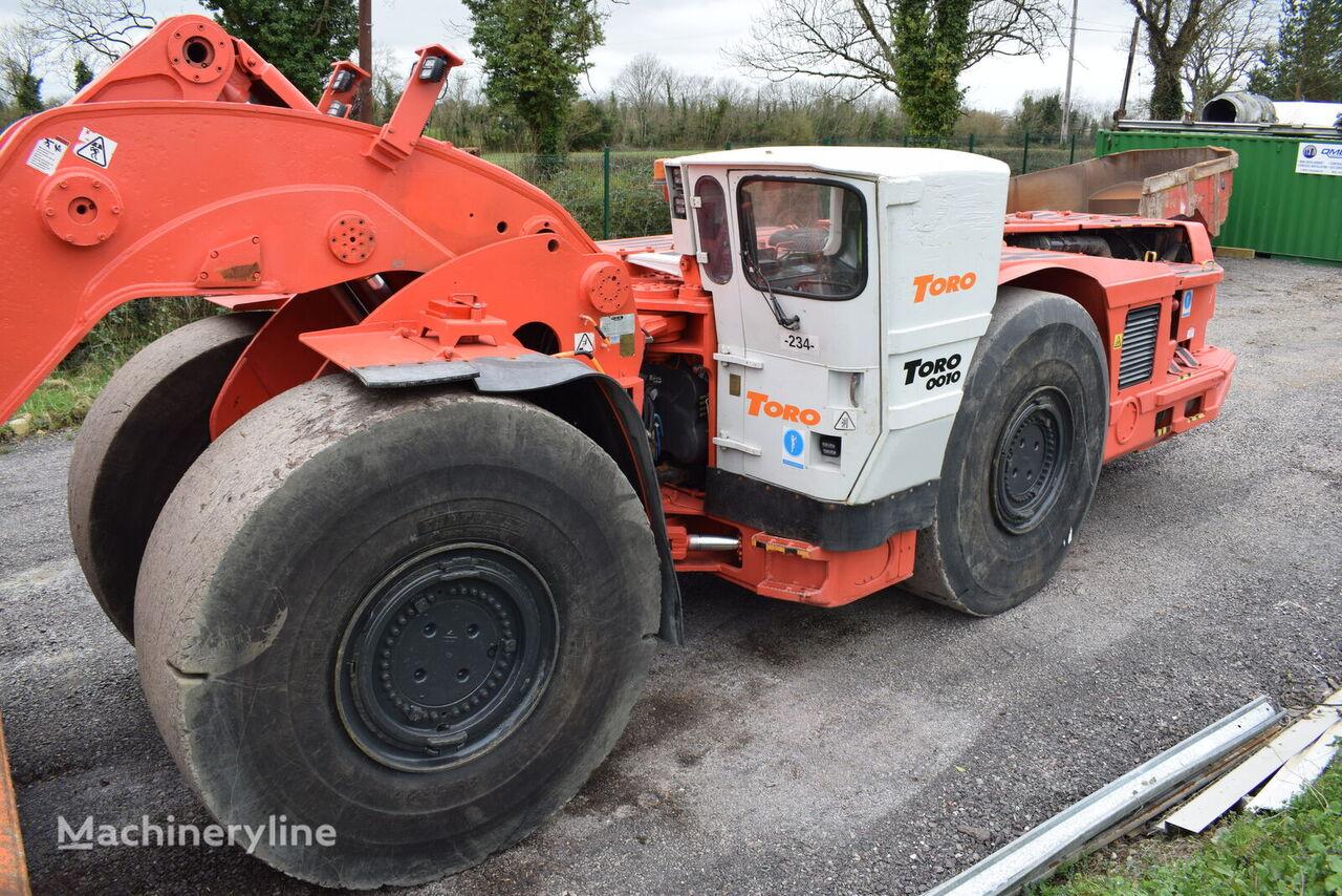 SANDVIK Toro T 0010 17 ton 8 yard LHD Scooptram  underground mining loader