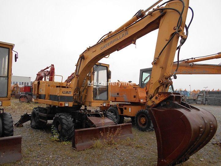 CATERPILLAR 212B FT wheel excavator