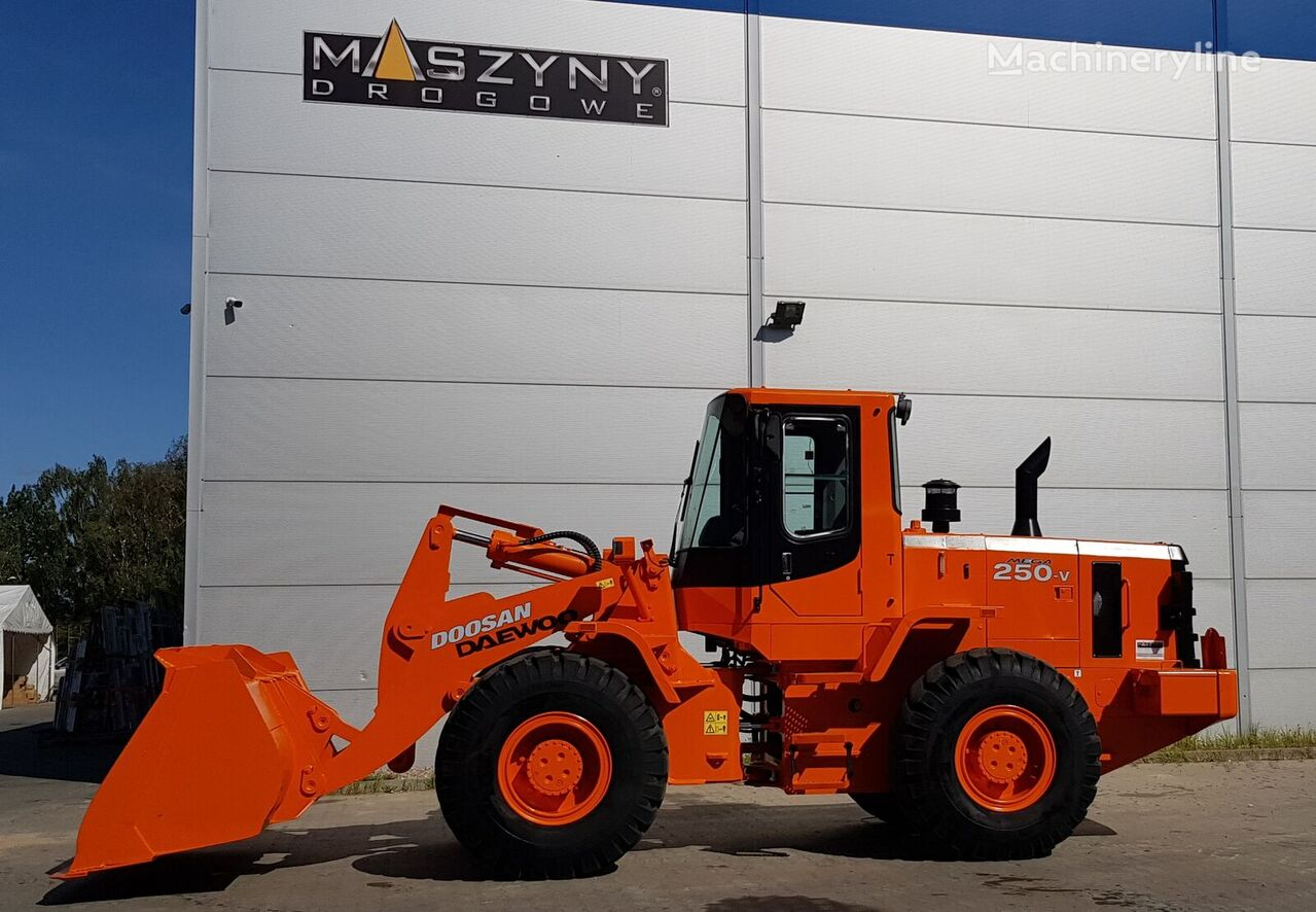 DOOSAN Mega 250 V wheel loader