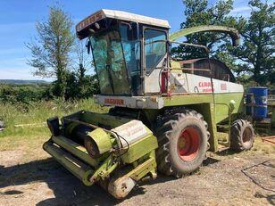 CLAAS Jaguar 800 forage harvester