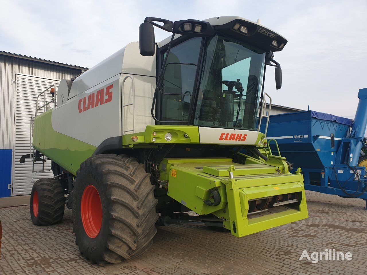 CLAAS Lexion 580 forage harvester