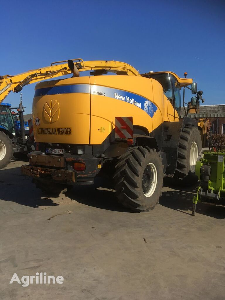 NEW HOLLAND FR9060 forage harvester