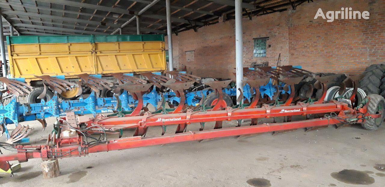 KVERNELAND PB100 reversible plough