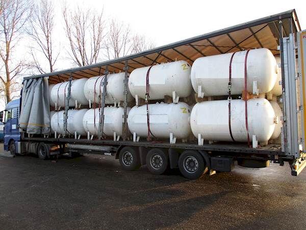 LPG / GAS GASTANK 2700 LITER gas tank trailer