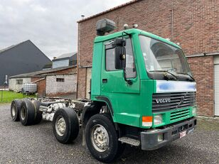 VOLVO FL10 320 chassis truck