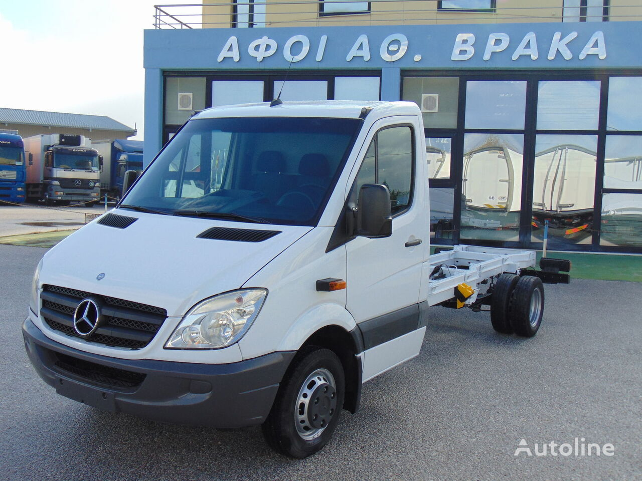 MERCEDES-BENZ 519 CDI / EURO 5 chassis truck