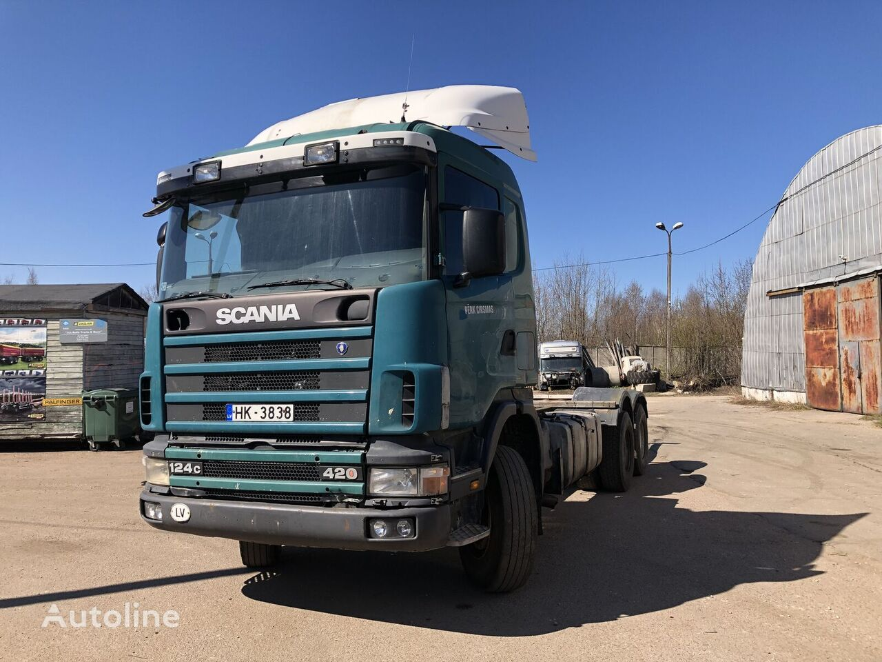 SCANIA 124 chassis truck