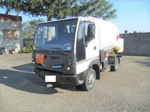 BUCHER 4x2 gas truck