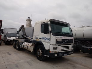 VOLVO FM12.420 hook lift truck