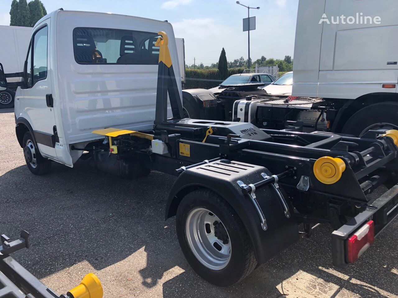 IVECO Daily 35C11 hook lift