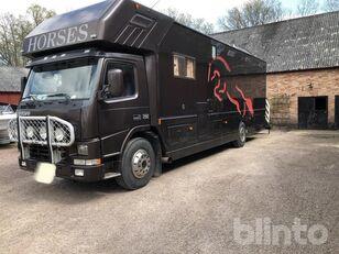 VOLVO FM 7 290 hp horse truck