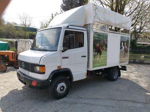 MERCEDES-BENZ 609 horse truck