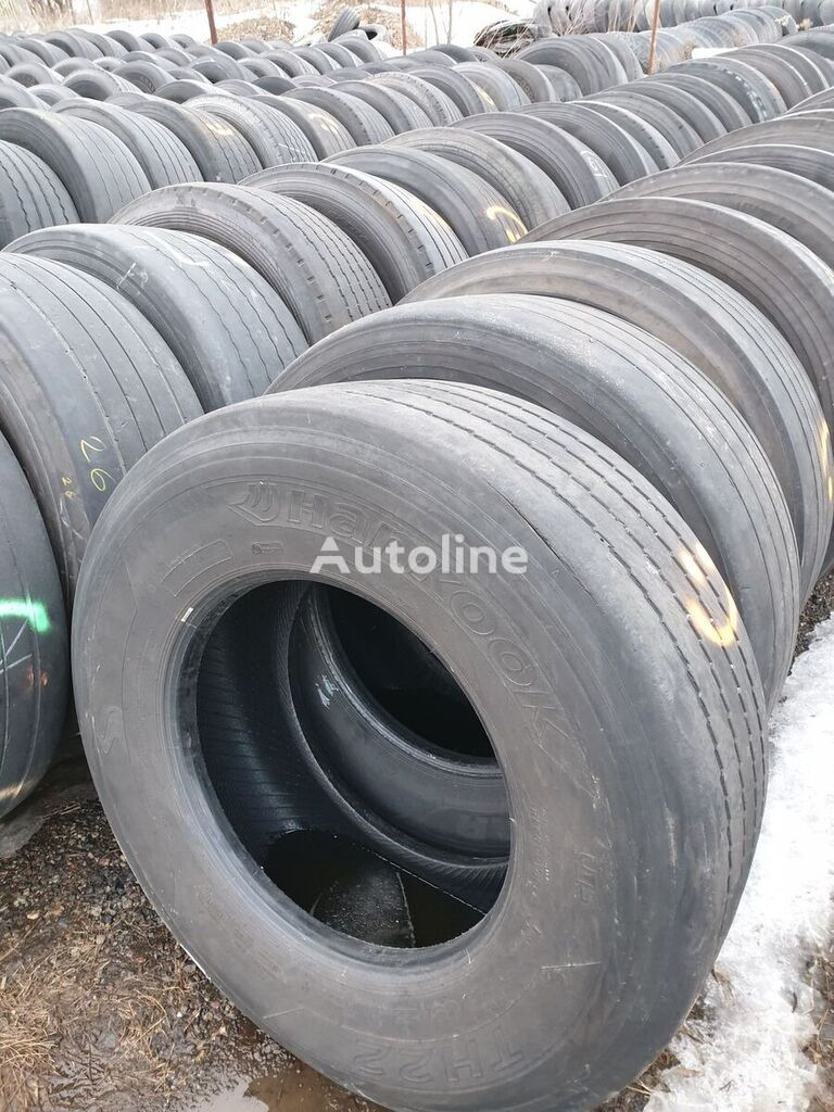 Uniroyal TH 40 truck tyre